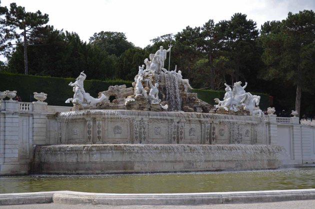 Wien-Schönbrunn-Neptunbrunnen